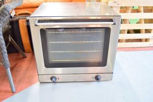 Oven Professional Ventilato Elite Butx250 G With Teglie And Griglie