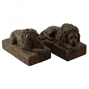 Coppia di leoni fermacarte in marmo Chiocciolina scolpito a mano