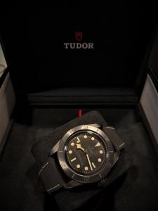 Orologio primo polso Tudor Black Bay