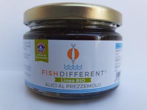 Alici al Prezzemolo  BIO. fatto con alici, olio extravergine di oliva, prezzemolo e sale. Ditta CALABRIAITTICA Anoia (RC)