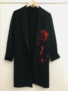 Spolverino donna  in felpa  di cotone  nero con fiore anteriore  manica lunga made in italy