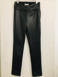 Pantalone donna  in ecopelle  nero  con drappeggio in vita  cerniera laterale  made in Italy