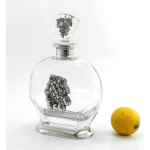 Bottiglia in vetro e peltro per whisky con uva