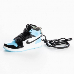 Air Jordan 1 Retro High OG 'UNC PATENT' portachiavi mini sneaker | Blacksheep Store