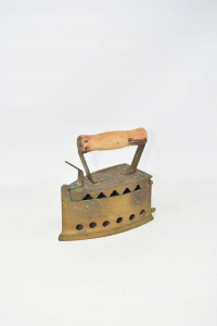 Collection Iron Iron With Handle In Wood 17 Cm