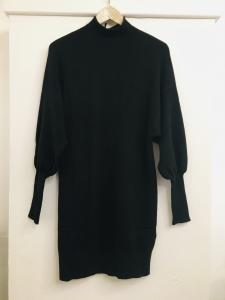 abito donna  in maglia  nero  collo a lupetto  manica lunga a sbuffo  made in Italy