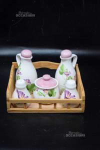 Set Condimento In Ceramica Bianca Con Contenitore In Legno